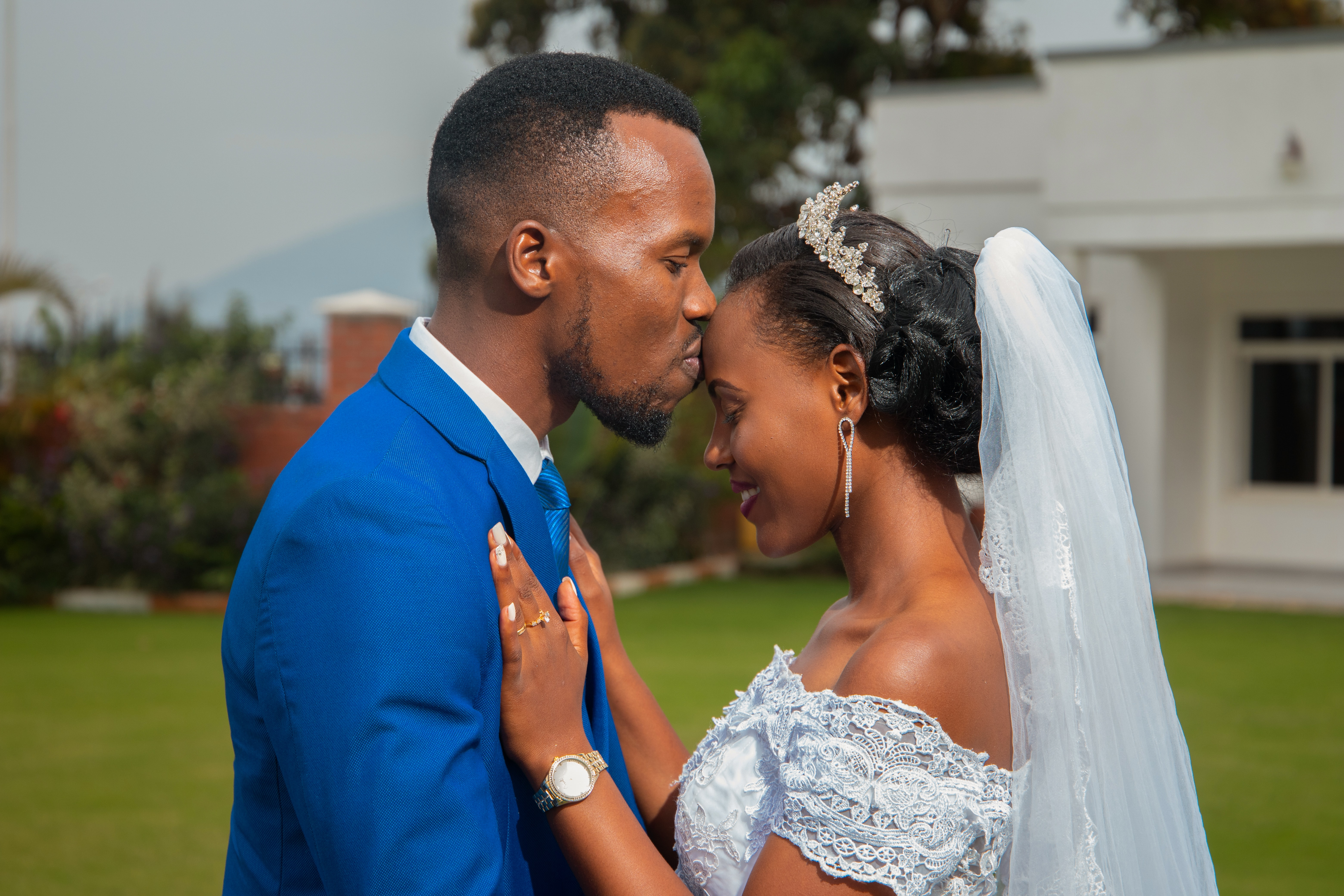 【無料】結婚式動画に使える素材サイトまとめ|OPからEDまで