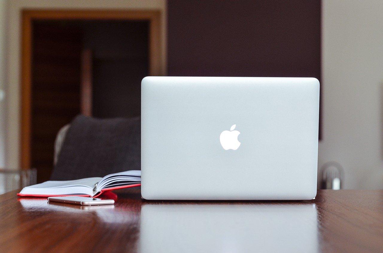 Macの iMovieでトリミングする方法