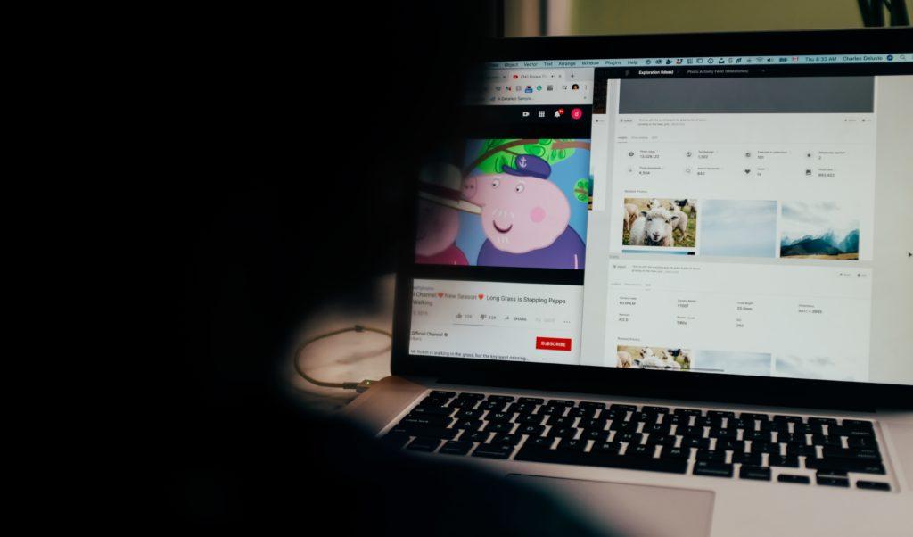 YouTube動画を埋め込む方法