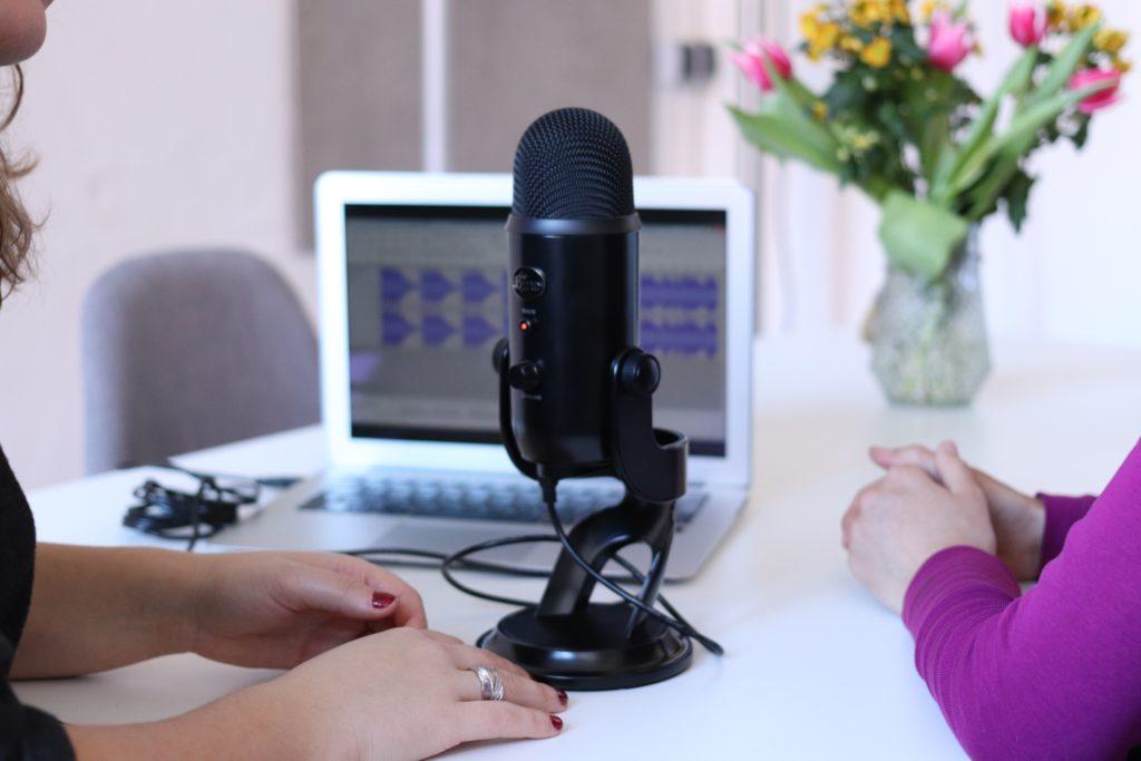 インタビュー動画の作り方