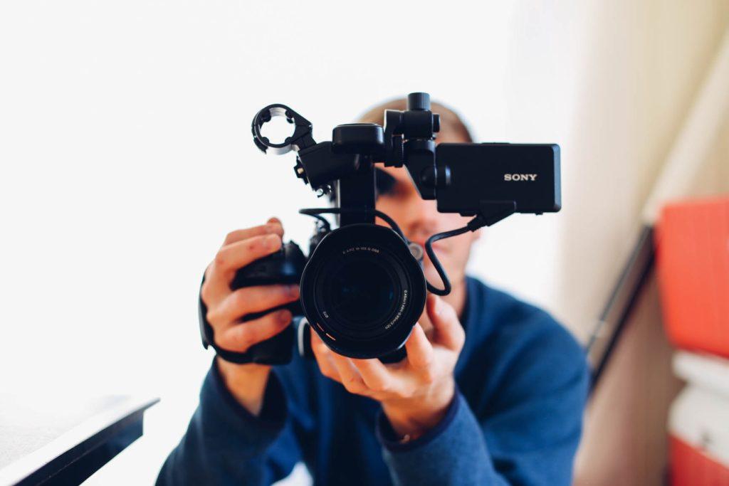 商品の機能説明動画
