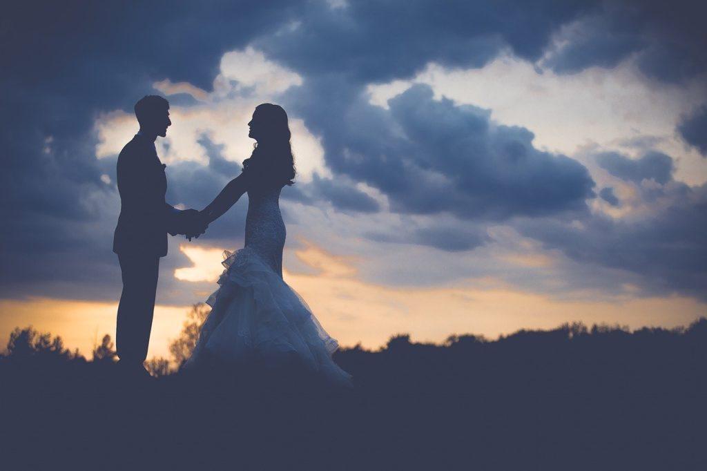 結婚式動画とは